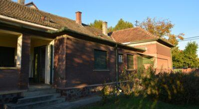 Eladó családi ház Barcson