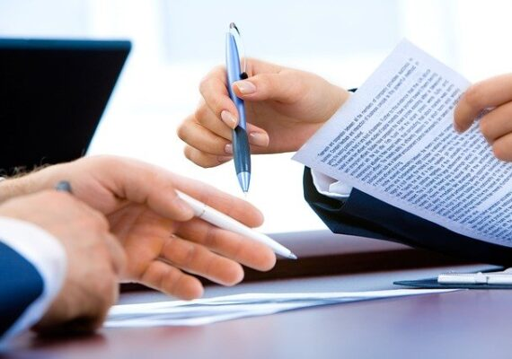 Sok buktatója van a házilag készült ingatlanbérleti szerződéseknek.