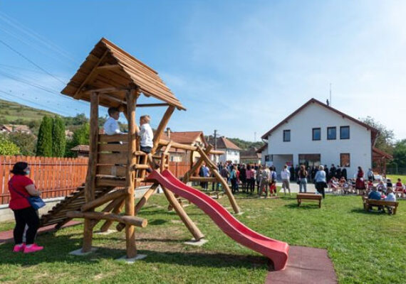 A magyar kormány támogatásával felépített óvodát
