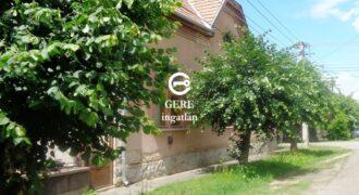 Eladó polgári stílusú lakóház Balassagyarmaton a Zrínyi u.-ban. 23.7 M Ft